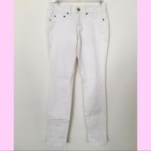 NEW white jegging Size 5